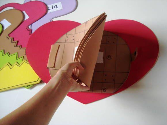 As Chaves e as portas do Coração | Objetivo: Doutrinário | Contém 6 peças em EVA revestidas em papel paraná gr. 320 | Com esta história você ensinará para as crianças sobre as portas que precisam ser abertas em nossos corações para que .....| quer saber mais sobre o produto e como usá-lo, adquira...