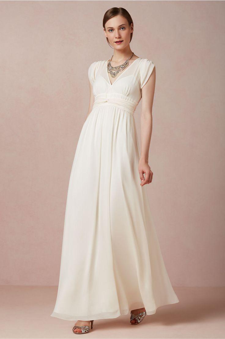 31 best Wedding Dress Ideas images on Pinterest | Wedding frocks ...