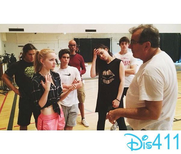 """Photo: Dove Cameron With Her """"Descendants"""" Co-Stars May 14, 2014"""