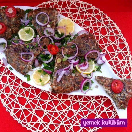 Nefis Hamsi Mücveri Tarifi nasıl yapılır? Resimli Hamsi Mücveri Tarifi anlatımı için tıklayın. Diyet yapanlar için deniz ürünleri yemek tarifleri.