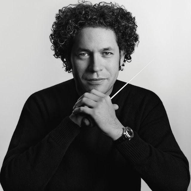 El maestro Gustavo Dudamel junto a la Orquesta Filarmónica de Viena en uno de los acontecimientos musicales más esperados del Teatro Colón   El sábado 10 de marzo a las 20:00 horas en la sala principal de nuestro primer coliseo se dará inicio al ciclo grandes intérpretes internacionales con un concierto que reunirá una programación musical conformada por Obertura para un Festival Académico Op 80 y Variaciones sobre un Tema de Haydn Op.56 de Johannes Brahms y la Sinfonía N 4 en Fa menor Op…