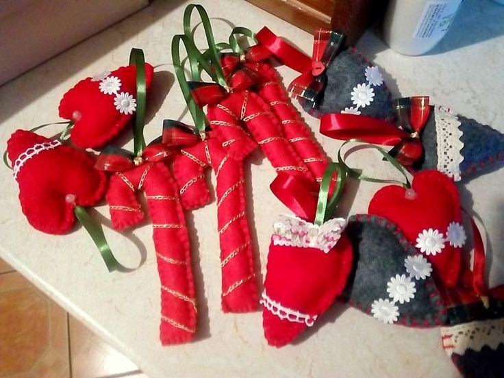Ozdoby z filcu. Serca i laski-Dekoracje na Boże Narodzenie | Szysia