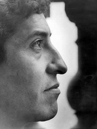 Seguimos con la tercera y última entrega de las fotografías inéditas de Víctor Jara. - Cancioneros.com, canción de autor, letras, discos y noticias de trovadores y cantautores.