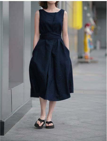 Linen Short Sleeve Dress in Navy Blue