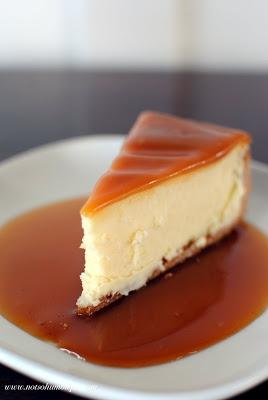 White Chocolate Cheesecake with Caramel Glaze