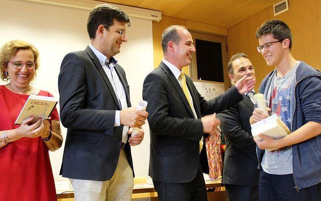 http://www.lacerca.com/noticias/castilla_la_mancha/gobierno-regional-felicita-ganadores-olimpiada-matematica-celebrada-guadalajara-364476-1.html