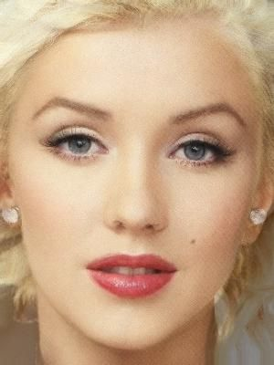 Marylin Monroe--- Wow that really does look like her, but I am pretty sure it's Christina Aguilara :) THAT IS MM NOT XTINA
