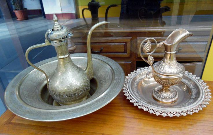 Oggettistica: brocche e piatti marocchini