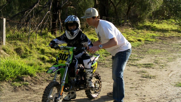 Lee and Cam practicing gear changes. For more go to www.leehoganracing.com.au