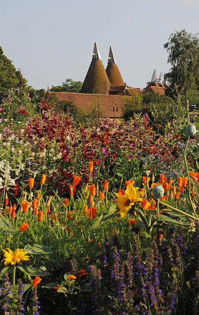 Sissinghurst Castle Gardens   Flickr - Photo Sharing!