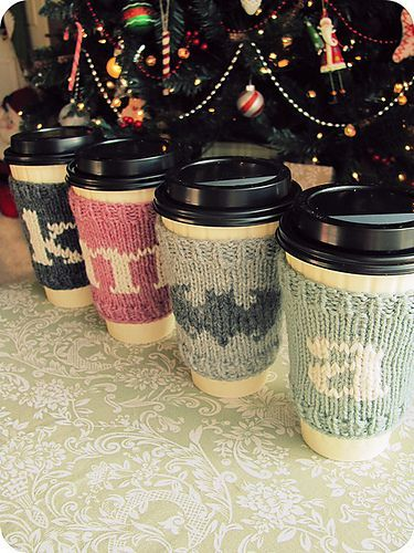 monogram christmas coffee cozies  || ravelry (these would be cute for the Christmas exchange, knitted with a bus or bug image)