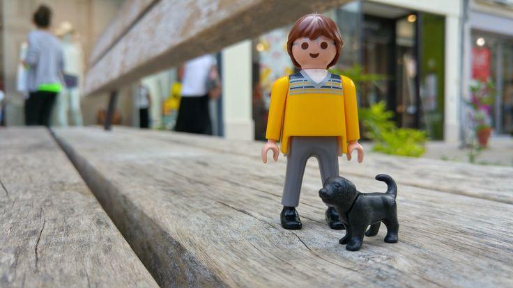 Séance shopping pour nos deux amis Playmobil.