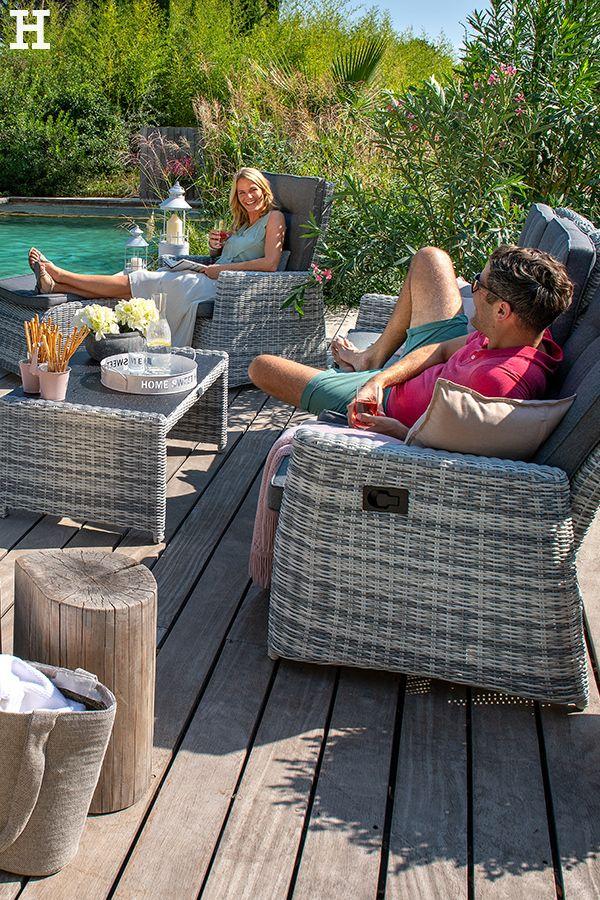 Entspannung Pur In Unseren Sofas Padua Aus Wetterfestem Aluminium Meinhoffi Hoffner Hoeffner Wohnen Mobel Wohnraum W Gartenmobel Aussenmobel Garten