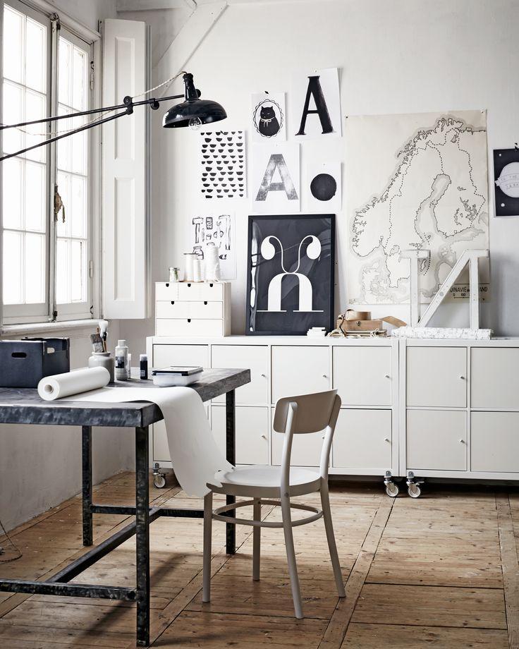 Living with children | Styling: Cleo Scheulderman | Photographer: Alexander van Berge | vtwonen july 2014 #vtwonen #magazine #interior #ikea #junior #workspace #kallax #idolf #grey #black #white #posters