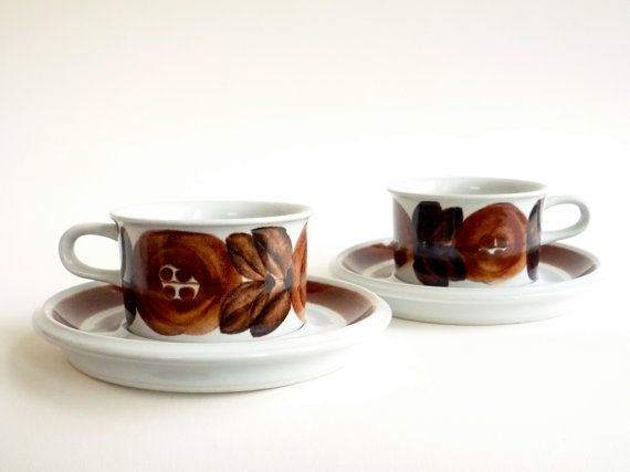 2 Arabia Finland Rosmarin Cups and Saucers Ulla by CrolAndCo,
