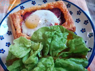 Chorizo and egg tart / Tarta z jajkiem i chorizo