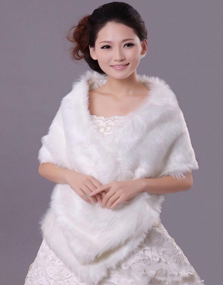2016 New Winter Bridal Wraps Fur Cape Wedding Jacket Wedding Bolero Women Bridal Cape Faux Fur Wrap Cheap Wedding Accessoires