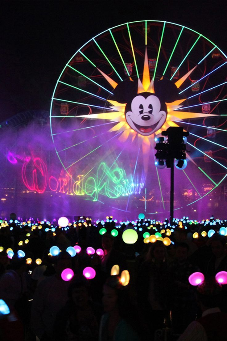 World of Color at Disneyland - Use this guide to find out how to get a good spot to watch without standing around for hours - best viewing points and more  Image courtesy of Disneyland Resort
