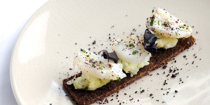 In this recipe, Agnar Sverrisson transforms the traditionally hearty French dish into a beautifully light canapé