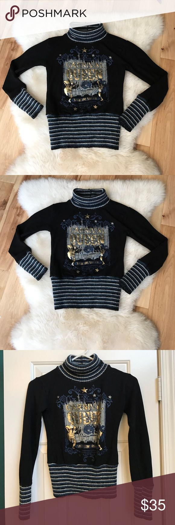 Maria Rossi cute sweater top size S or XS Cute stretchy sweater black/gold/navy size S or XS. Perfect for jeans or leggings Marie Rossi Sweaters Cowl & Turtlenecks