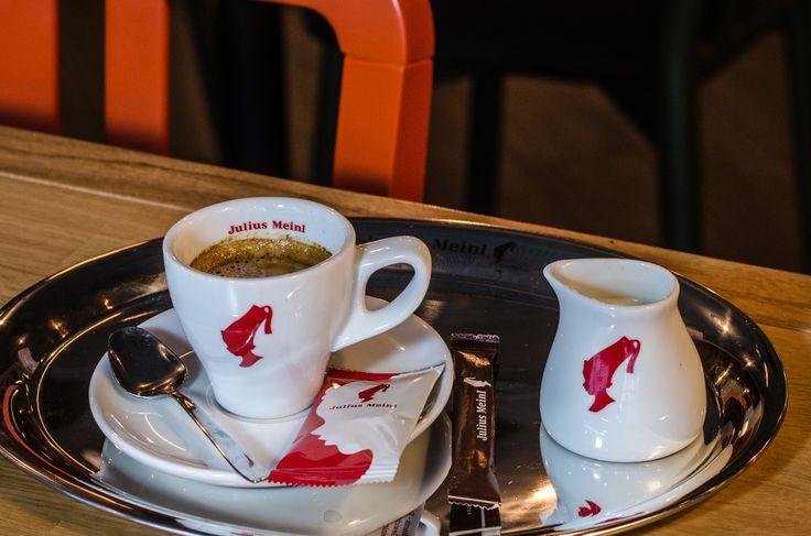 Cafea espresso decofeinizat
