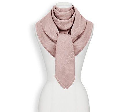 Pink Dior Cannage Stole 140 x 140 cm Dior ($500)