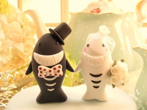 If I get married, I want these as cake toppers....so cute!