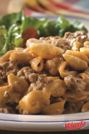 Cheesy Cheeseburger Mac - Give 'em two of their favorites—mac and cheese and cheeseburgers with the works—all in one 30-minute dish.