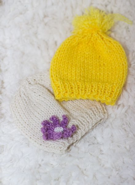 Knit baby hat for begginers - free pattern - newborn and 3 to 6 months old