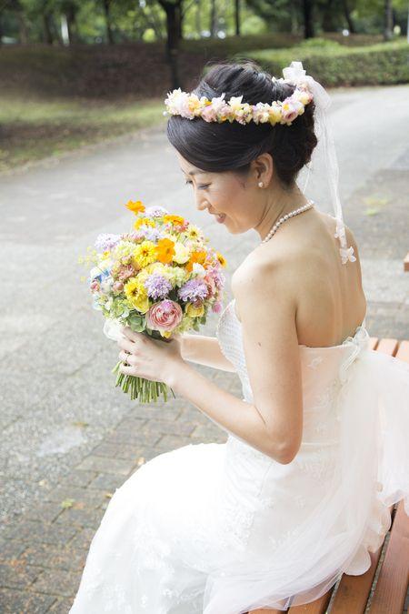 秋の装花 結婚式、楽しく過ごした一日に 雨上がり オレアジ様へ : 一会 ウエディングの花