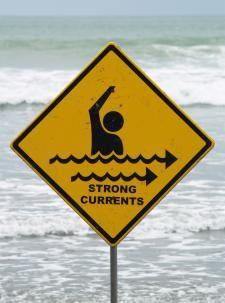 Surviving dangerous rip currents