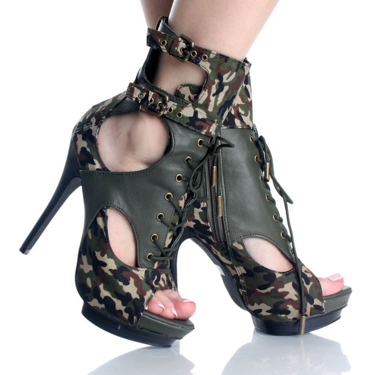 Realtree Camo High Heel Shoes