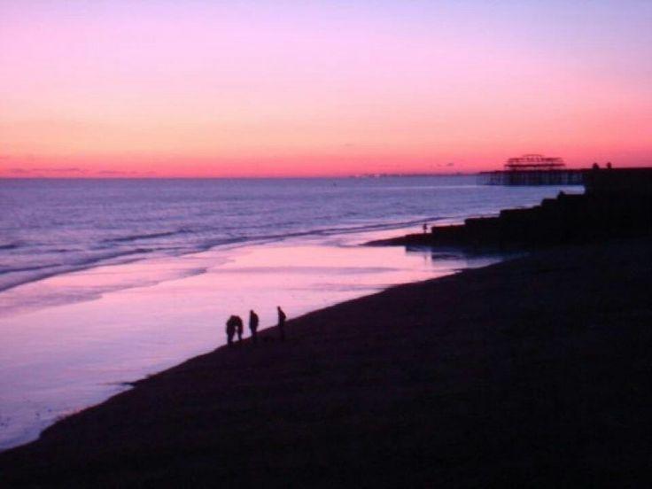 Sun set -  (www.picfair.com/misspinky)