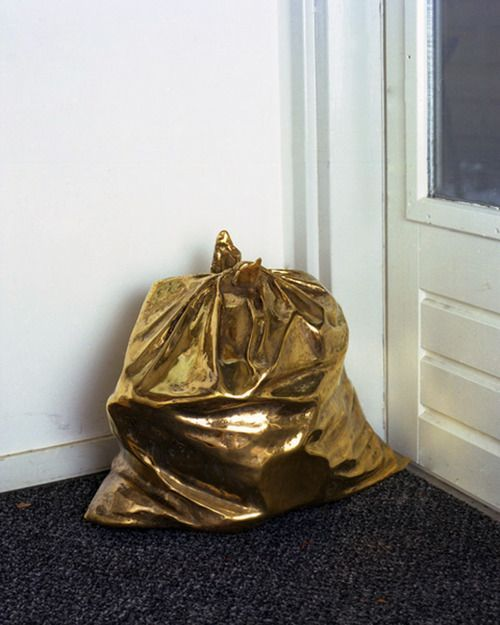 Someone's trash is someone else's treasure. Xk #kellywearstlerGolden Garbage, Things Design, Scheeren Jaap, Sculpture Garbage, Golden Bash, Trash Bags, Jaap Scheeren, Golden Dreams, Golden Mountain