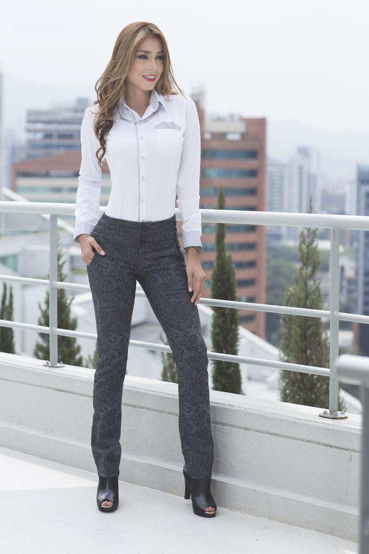 Inicia la semana con las mejor actitud!! muchas opciones para tu look http://jeanstyt.com/Tienda/es/ #jeanstyt #paralaoficina #jeanscolombianos