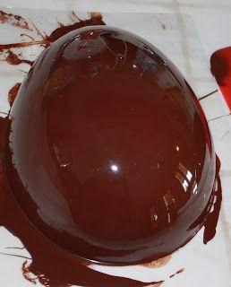 nonsolosapori... fatti in casa!: Uovo di Pasqua fatto in casa al cioccolato fondente