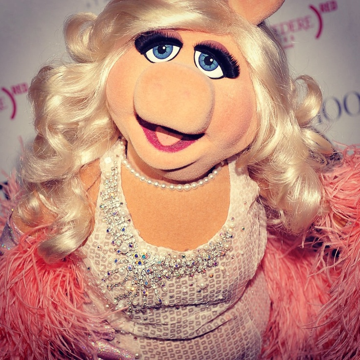 616 Best Miss Piggy Muppets Images On Pinterest: 452 Best Miss PIGGY Images On Pinterest