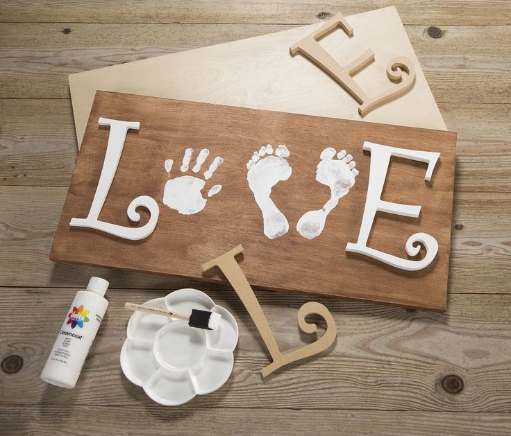 This gorgeous piece of art is made using hand and footprints and will look beautiful in your favourite space.