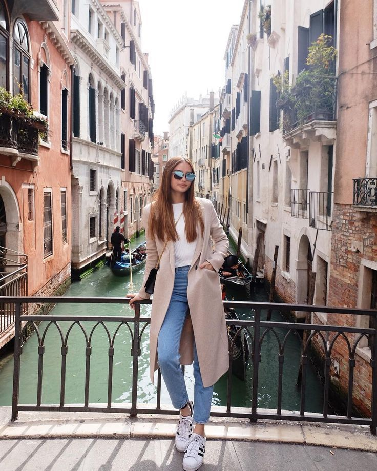 5 of Our Favorite Travel OOTDs by Kelsey Merritt | Preview.ph