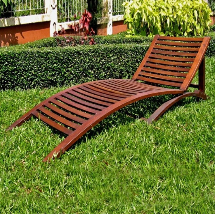 Aesthetic chaise lounge furniture international caravan for Acacia wood chaise lounge