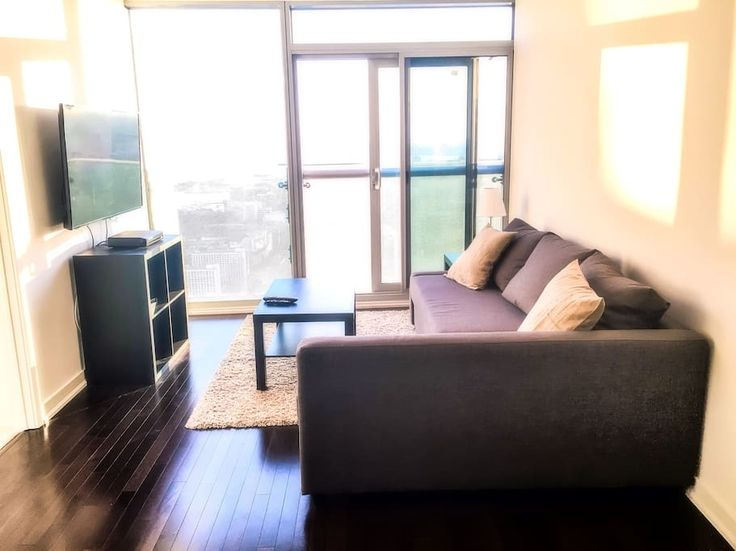 Condominium in Toronto, Canada. This high-floor condo is located in the Heart of Downtown Toronto. Just Steps Away from the CN Tower, Rogers Centre, Air Canada Centre, Centre Shopping Mall, Ripley Aquarium of Canada, Steam Whistle Brewing, Union Station.