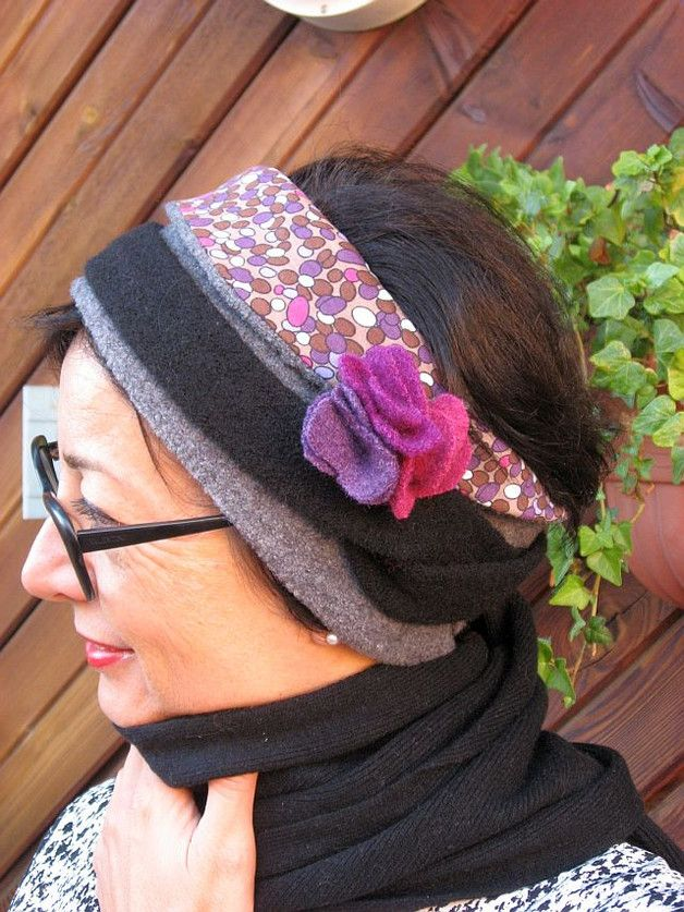 +*ein warmes, bequemes und farbiges Wickel-Stirnband aus Walk, farblich kombiniert und unterfuettert mit Samt, damit nichts kratzt und am Ende des Wickebandes eine farblich passende...