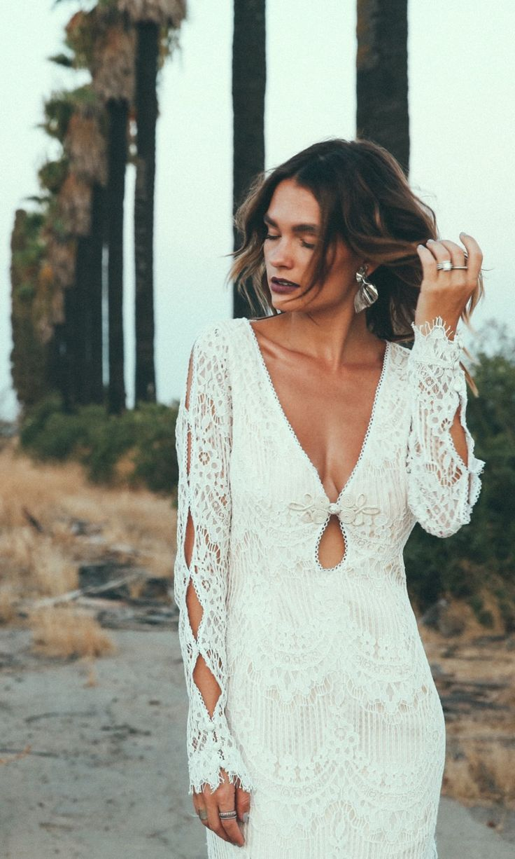Long Sleeve The Abbott Is Our Version Of Iconic Jane Birkin Hippie Style Era Featuring A Unique Plunging Keyhole