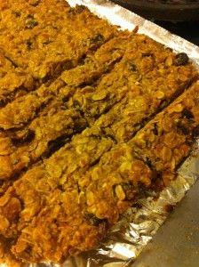 Chewy granola bar recipe.  Gluten free.: Granola Bar Recipes, Chewy Granola Bars, Gluten Free Snacks, Almonds Bar, Recipes Gluten Fre, Cranberries Almonds, Gluten Free Granola, Snacks Bar, Gf Bar