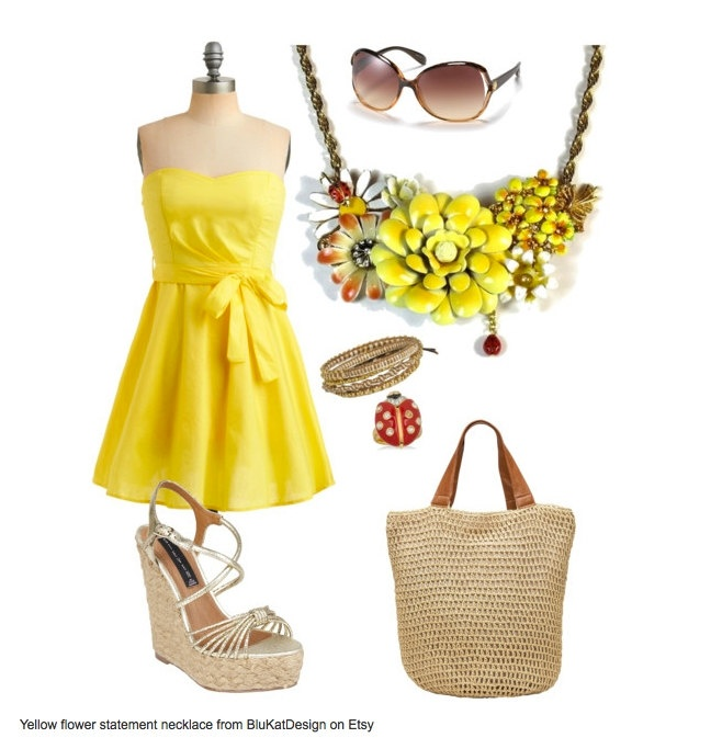 I DO need an outfit for a summer wedding :D  This necklace has potential!: Flower Statement, Statement Necklaces, Summer Wedding, Schools Outfit, Inspiration Outfit, Necklaces Upcycled, Vintage Yellow, Upcycled Jewelry, Yellow Flower
