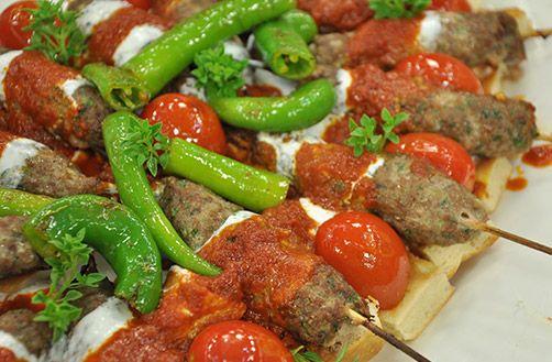 Yoğurtlu Köfte Kebabı