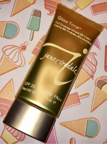 Natural foundation by Jane iredale