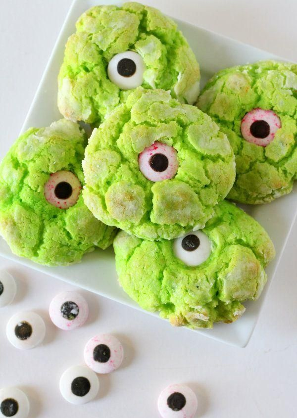 Foodstyling ideen-Halloween Essen-Zombie Kekse mit wackelaugen