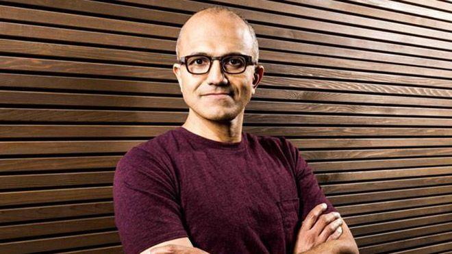 Windows Phone'lu cihazların akıllı telefon piyasasından tamamen silinmesinin ardından gözler Microsoft'un yeniden çıkış yapacağı akıllı telefona çevrildi. Uzun süredir hakkında birçok iddia ortaya atılan...   http://havari.co/microsoft-devrimsel-bir-akilli-telefon-hazirliginda/