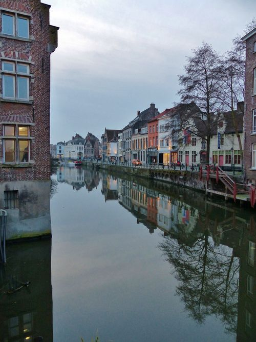 allthingseurope:  Ghent, Belgium (by Johnny Cooman)